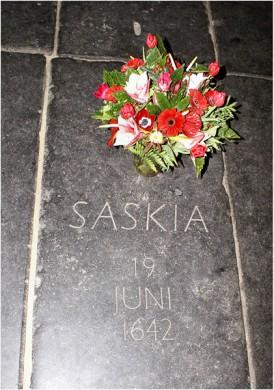 Tombe van Saskia van Uylenburgh in de Oude Kerk