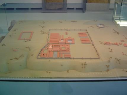 Model van het legerkamp nabij Ulpia Noviomagus Batavorum, in Museum Het Valkhof