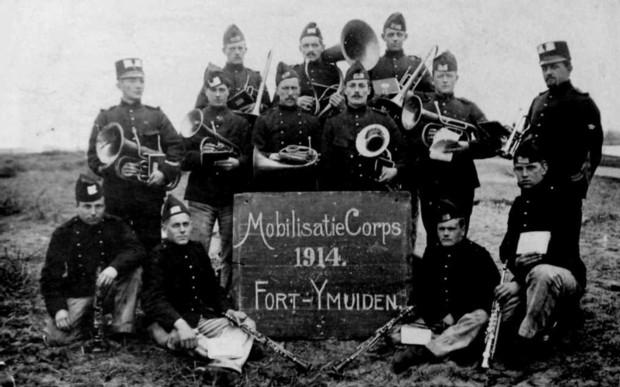Mobilisatie van Nederlandse troepen bij Fort Ijmuiden 1914