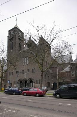 De Laurentius-Elisabethkathedraal te Rotterdam van Piet Buskens (1904-1908) en J.P.L. Hendriks (1921-1922)