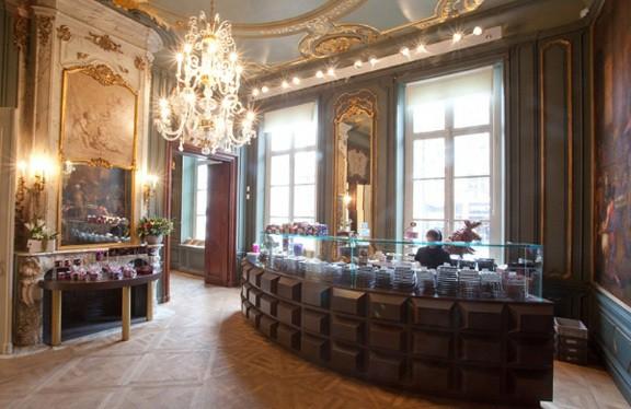The chocolate line antwerpen if then is now for Interieur winkel antwerpen
