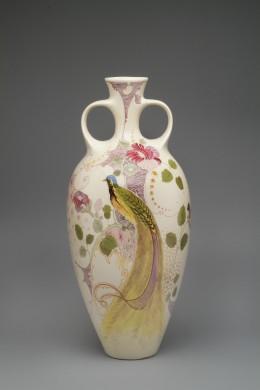 Vaas met decoratie van een paradijsvogel