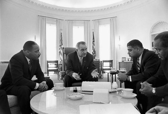 MLK mets Lyndon Johnson