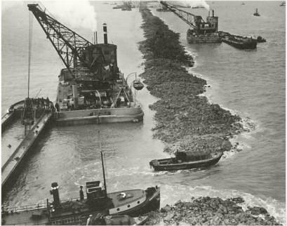 Foto aanleg Afsluitdijk 1931