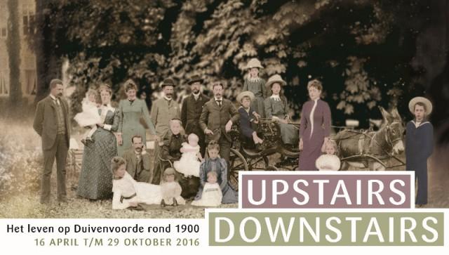 Een familiekiekje uit duizenden op een unieke plek in Zuid-Holland. Het is 1890 en op het gazon van Kasteel Duivenvoorde poseren de  families Steengracht en Schimmelpenninck van der Oye.