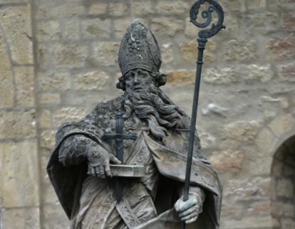 beeld van Bonifatius in Mainz