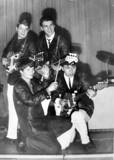 """Diana-Show-Quartett, Beatband en """"zwart schaap"""" van Oost-Berlijn, 1963"""