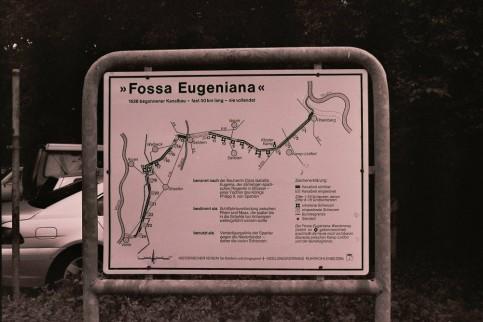 Informatiebord over de Fossa Eugeniana