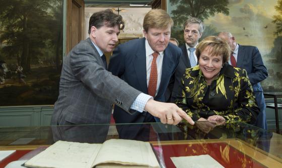 Koning Willem-Alexander in het Kabinet van de Koning tijdens het Grondwet Festival