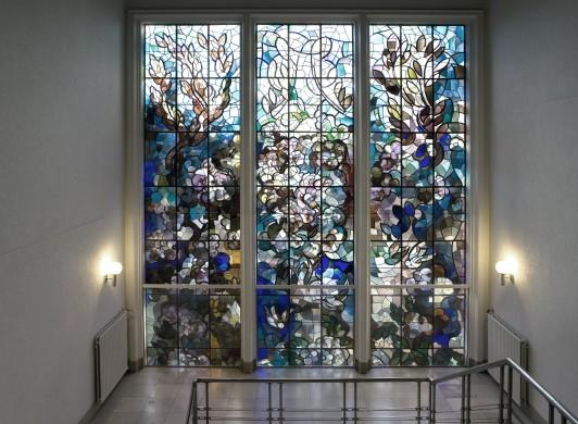Matthieu Wiegman, Glas in lood vroegere Valeriuskliniek te Amsterdam (1938). Foto Ton van Rijn 2013, Beeldbank Stadsarchief Amsterdam.