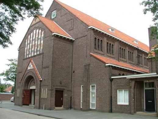 Joseph Th.J. Cuypers, De Gerardus Majellakerk te Tilburg (1922). Foto Reliwiki (2007).