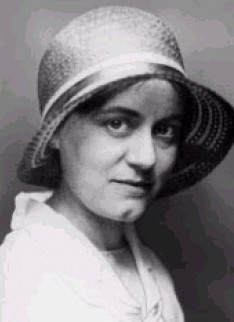Portretfoto van Edith Stein, circa 1920