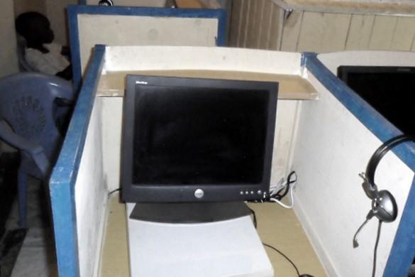 Cybercafé in sloppenwijk