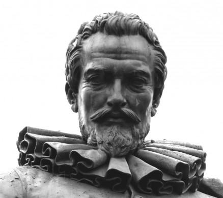 Detail van het standbeeld van Simon Stevin te Brugge