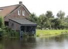 Boenhok bij de boerderij aan de Oostvlisserdijk 17